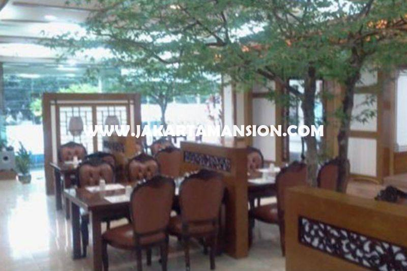 CS1381 Bangunan Komersial 3 lantai jalan Senopati Raya Dijual Murah dekat SCBD Sudirman Kebayoran Baru