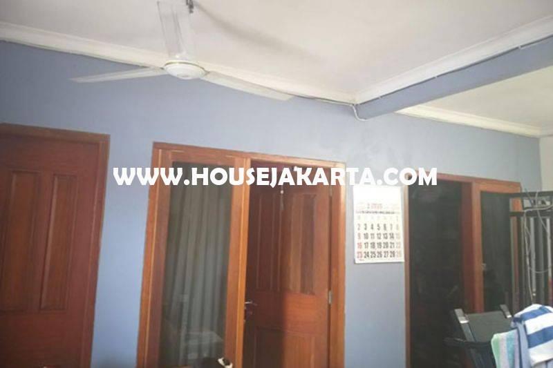 HS1434 Rumah 3 lantai Jalan Duren Tiga Selatan no 16a Pancoran Kalibata Dijual Murah 2,5M jalanan 2 mobil Bisa ditermin 2 tahun