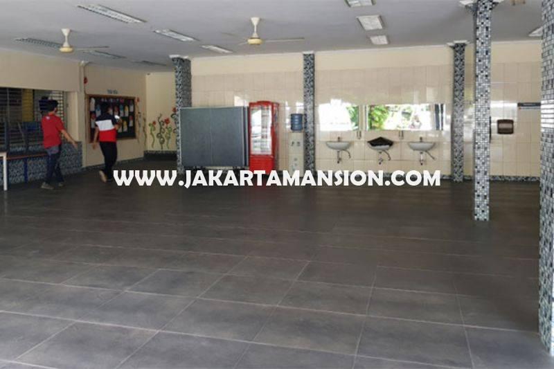 HS1441 Rumah Klasik Kemang Jakarta Selatan Luas 1hektar Dijual Murah Hitung Tanah 23juta/m