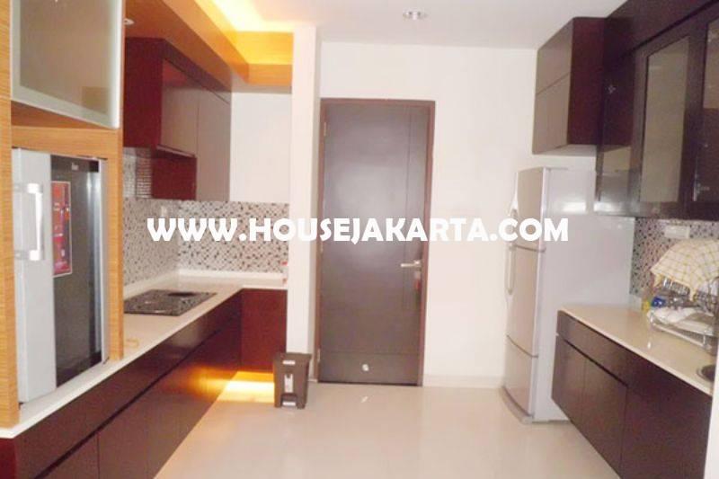 HS1452 Rumah Bagus 2 Lantai Jalan Sekolah Duta VI Pondok Indah Luas 512m Dijual Murah 25M