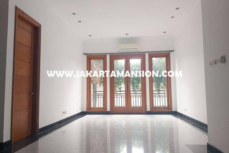 HS1455 Dijual Rumah Bagus 2 lantai Jalan Bondowoso Menteng Tanah Persegi dekat Taman