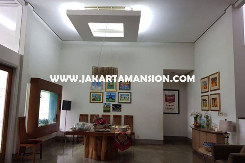 HS1497 Rumah Bagus 2 lantai Jalan Bandung Menteng Dijual Murah Tanah Persegi