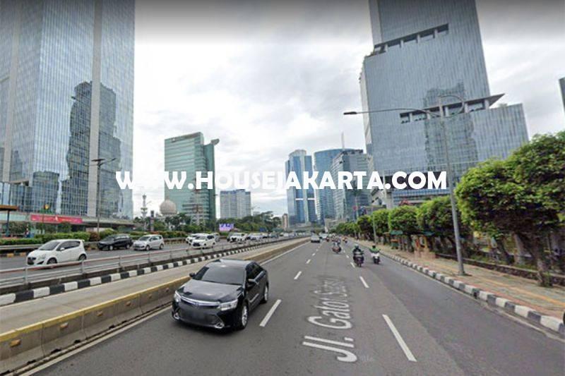 LS1502 Tanah Komersial Jalan Gatot Subroto Dijual Murah 75 juta/m bisa Gedung 21 Lantai