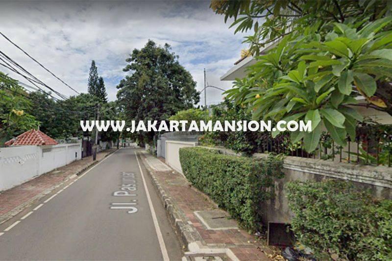 HS1509 Rumah 2 lantai jalan Pasuruan Menteng Dijual Murah hitung tanah 66 juta/m ada Pool