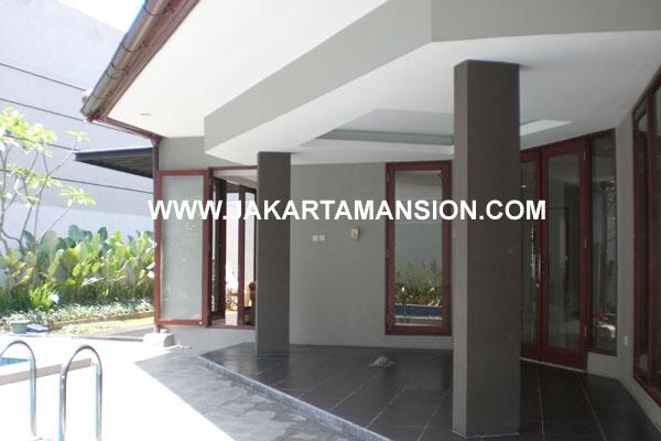 HR178 House at Brawijaya Kebayoran Baru for Rent