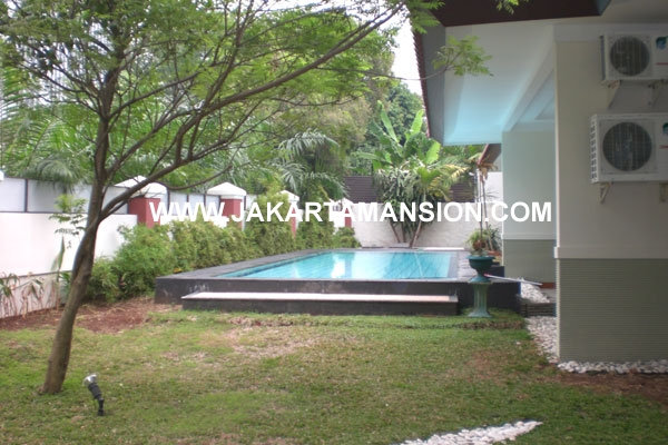 HR187 House in Patra kuningan for Rent