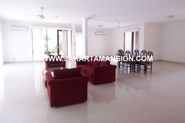 HR208 House at Kemang for Rent