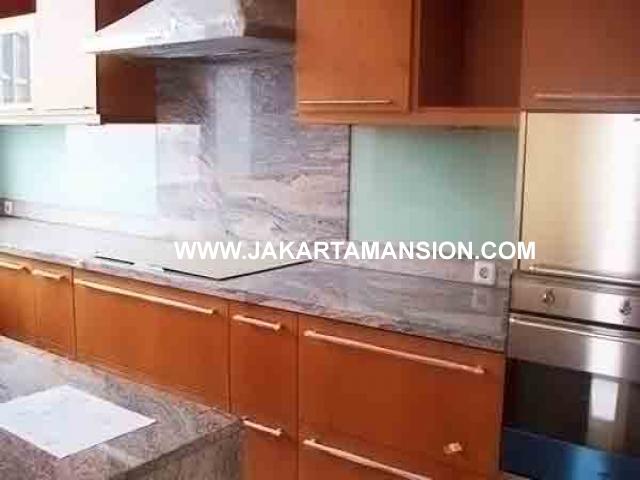 AR327 4 Bedroom Airlangga apartment at Ritz Carlton Mega Kuningan For Rent