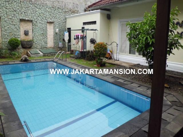 HR341 House Brawijaya For Rent