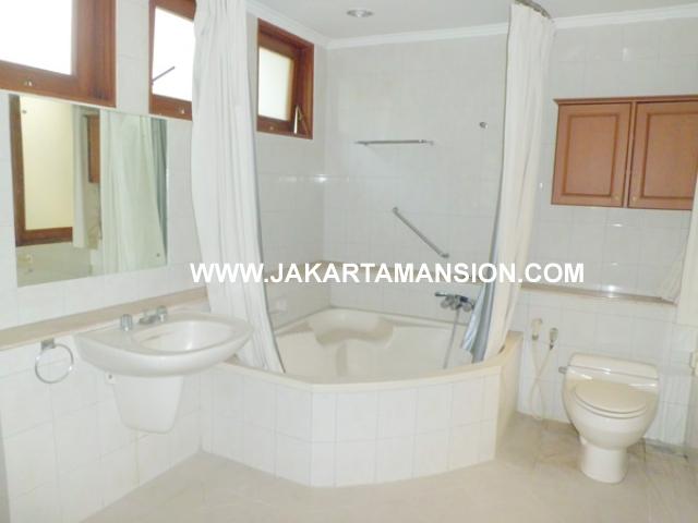 HR356 House for rent at Pondok Indah