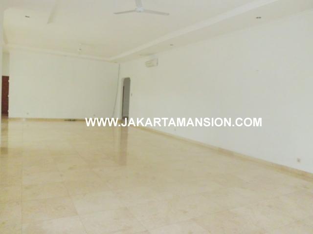 HR358 House for rent at kemang