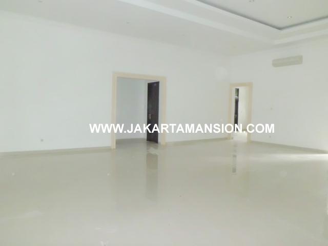363 House for rent at taman patra kuningan