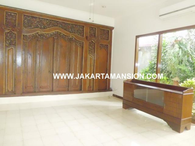 HR364 House for rent at kemang