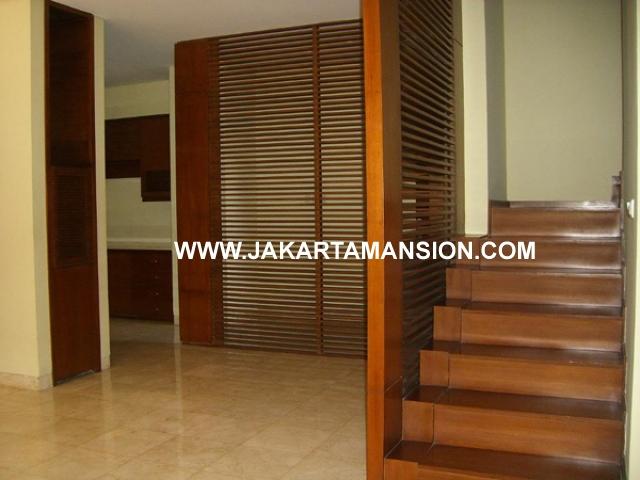 HR383 House for rent at kemang