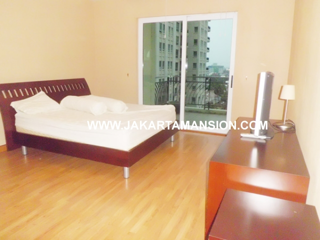 AR393 Pakubuwono Residence For Rent