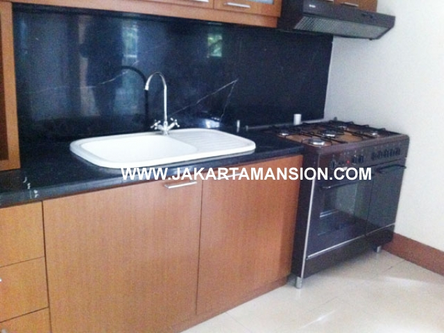 HR410 House for rent at Senopati