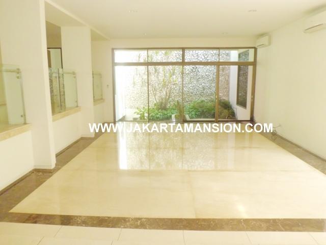 HR432 House for rent at Senopati Kebayoran Baru close to Sudirman Central Business District