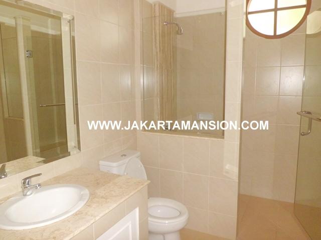 HR451 House for rent at Jeruk Purut Kemang