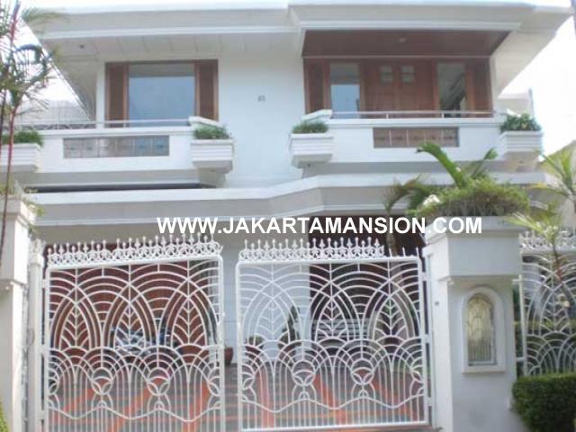 HS500 Rumah Pondok Indah Jalan Kencana Permai Dijual