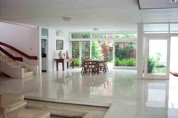 HR51 House at Senayan Jakarta for Rent