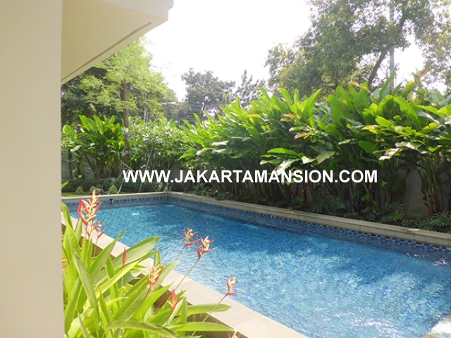 HR533 House for rent at Senopati Suitable to Embassy Close SCBD Area