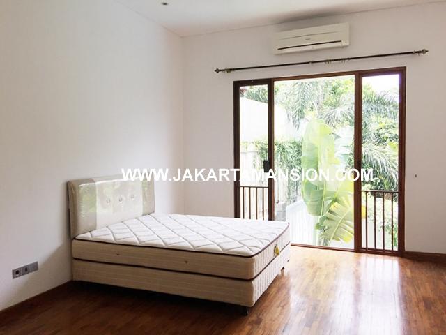 HR591 Compound for rent at Kemang