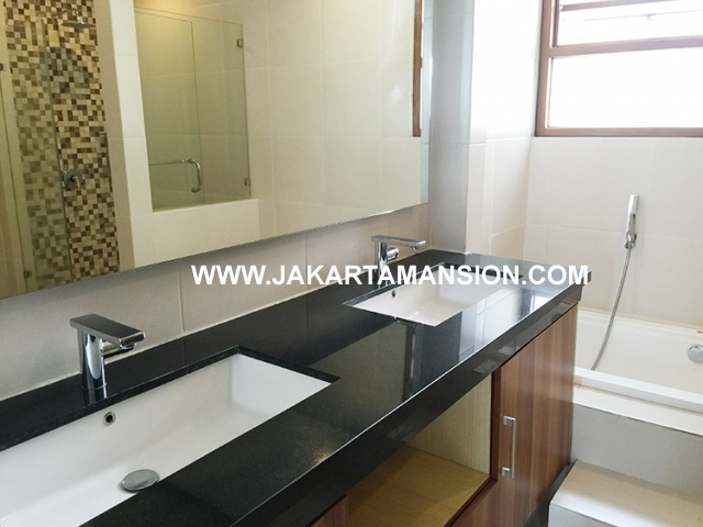 HR592 Compound for rent at Pejaten close to kemang