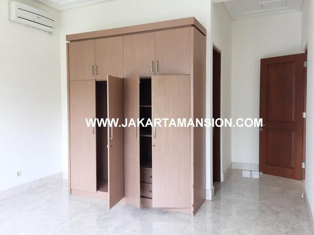 HR593 Compound for rent at Kemang
