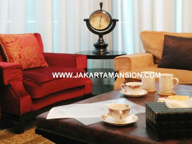 AS689 Apartement Pakubuwono House private pool 3 lantai dijual murah