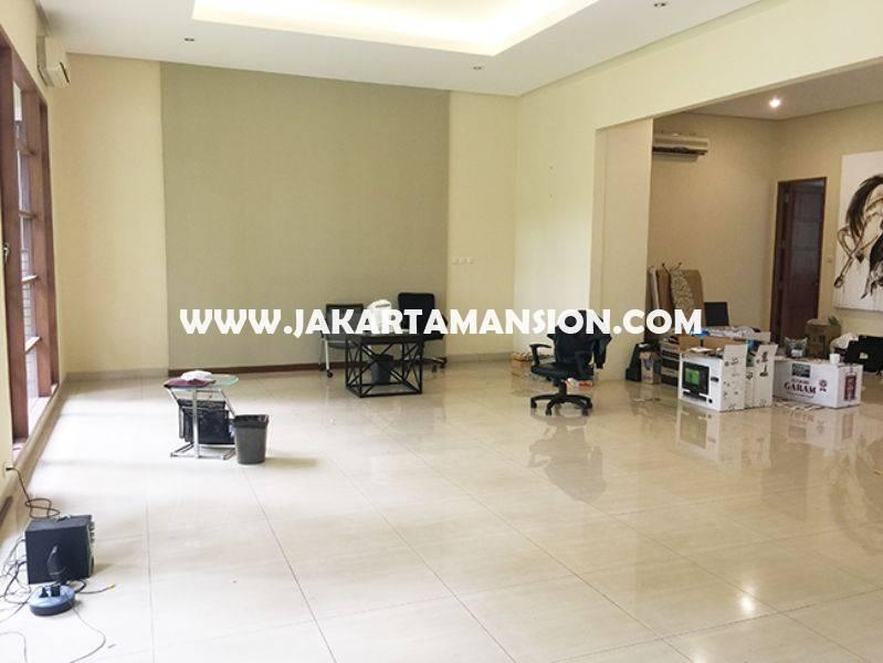 HR747 House for Lease Rent Sewa at Senopati Kebayoran Baru