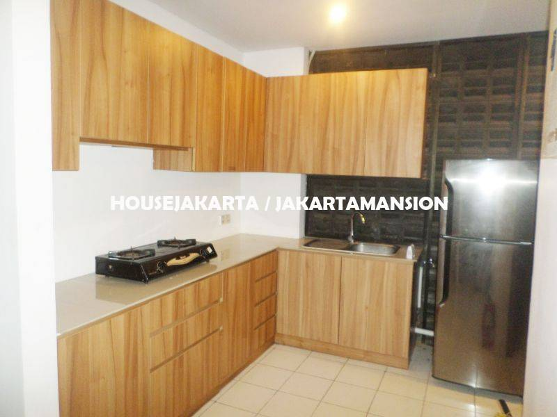 HR766 Compound for rent at Jati Padang South Jakarta