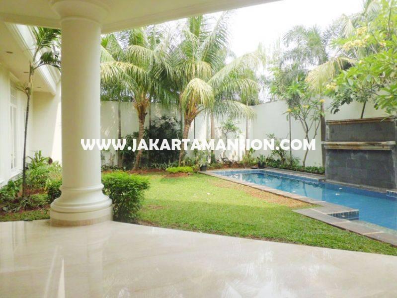 HS832 Rumah Bagus Jalan Kemang Jakarta Selatan ada Pool bebas banjir Dijual Murah