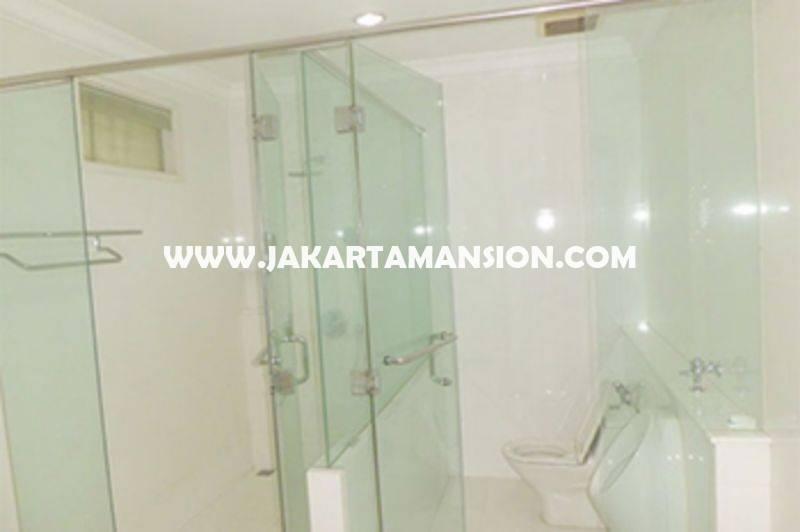 HS948 Rumah Jalan Bukit Hijau Pondok Indah 2 Lantai ada Pool Dijual Murah