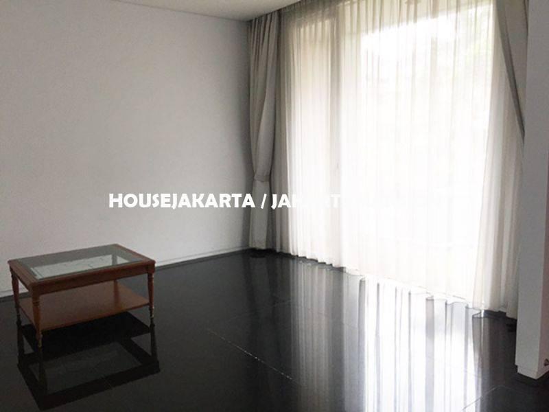 HR999 House for rent sewa lease at Pondok Indah